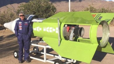Photo of Muore a bordo di un razzo artigianale cercando di dimostrare che la terra è piatta.