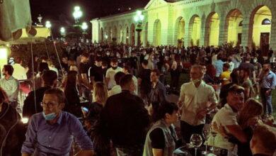Photo of Risse, assembramenti e la minaccia di nuove restrizioni: ecco come è andato il primo week end di libertà