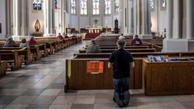Photo of Riaprono le chiese a Francoforte, contagio di massa durante la funzione, 107 nuovi casi