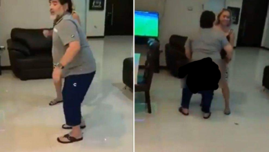 Photo of Video virale di Maradona, balla e si abbassa i pantaloni (VIDEO)