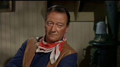 Photo of John Wayne: richiesta la rimozione del nome da un aeroporto per delle dichiarazioni razziste del 1971